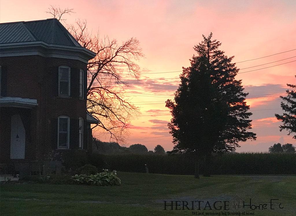 DIY Faux Brick Paint Tutorial- Heritage Home Ec | Faux Paint | Faux Brick | Home Decor | Tutorial | Home Economics |